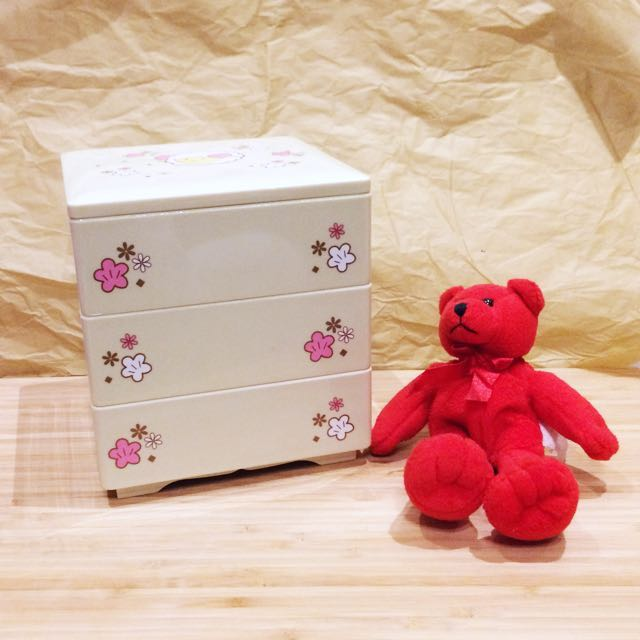 全新綿羊三層小收納盒
