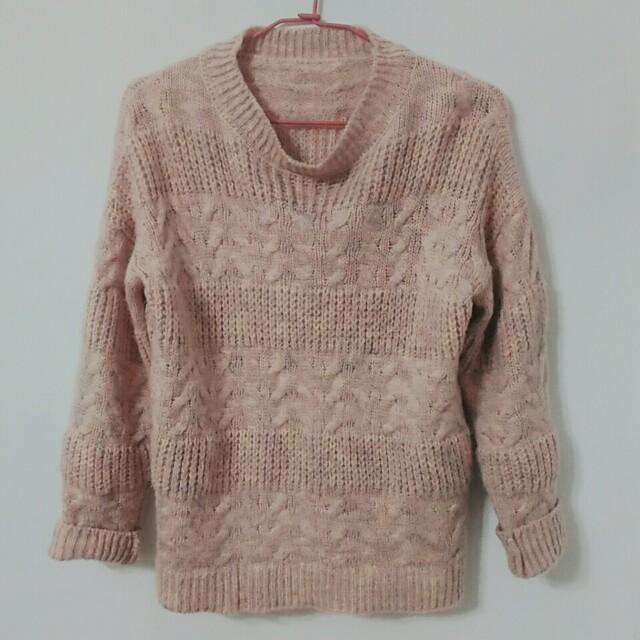 粉紅針織毛線衣