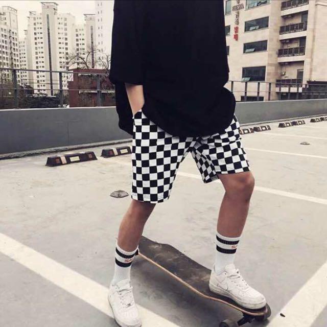 黑白格子短褲