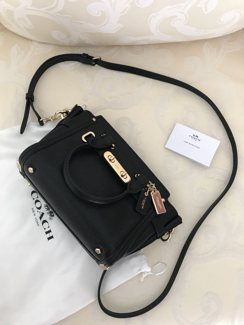 940c2135ef0c 💯 Authentic coach swagger 20 mini For Let Go