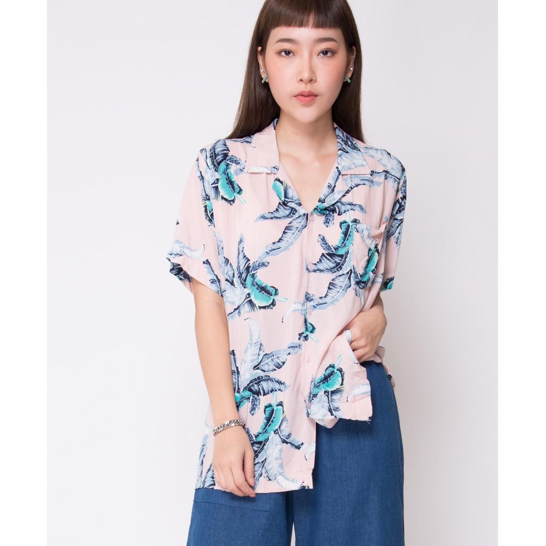 5af292dc BN ShopJJ Hawaiian Banana Leaf Pink Shirt, Women's Fashion, Clothes ...