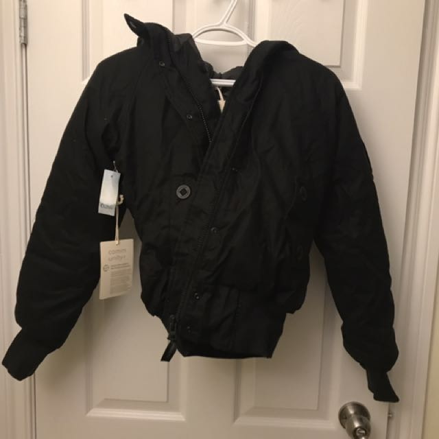 BRAND NEW ARITZIA Community black Jacket (small)