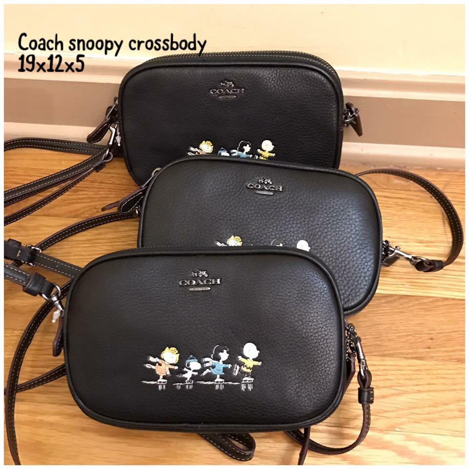 Coach snoopy sling bag