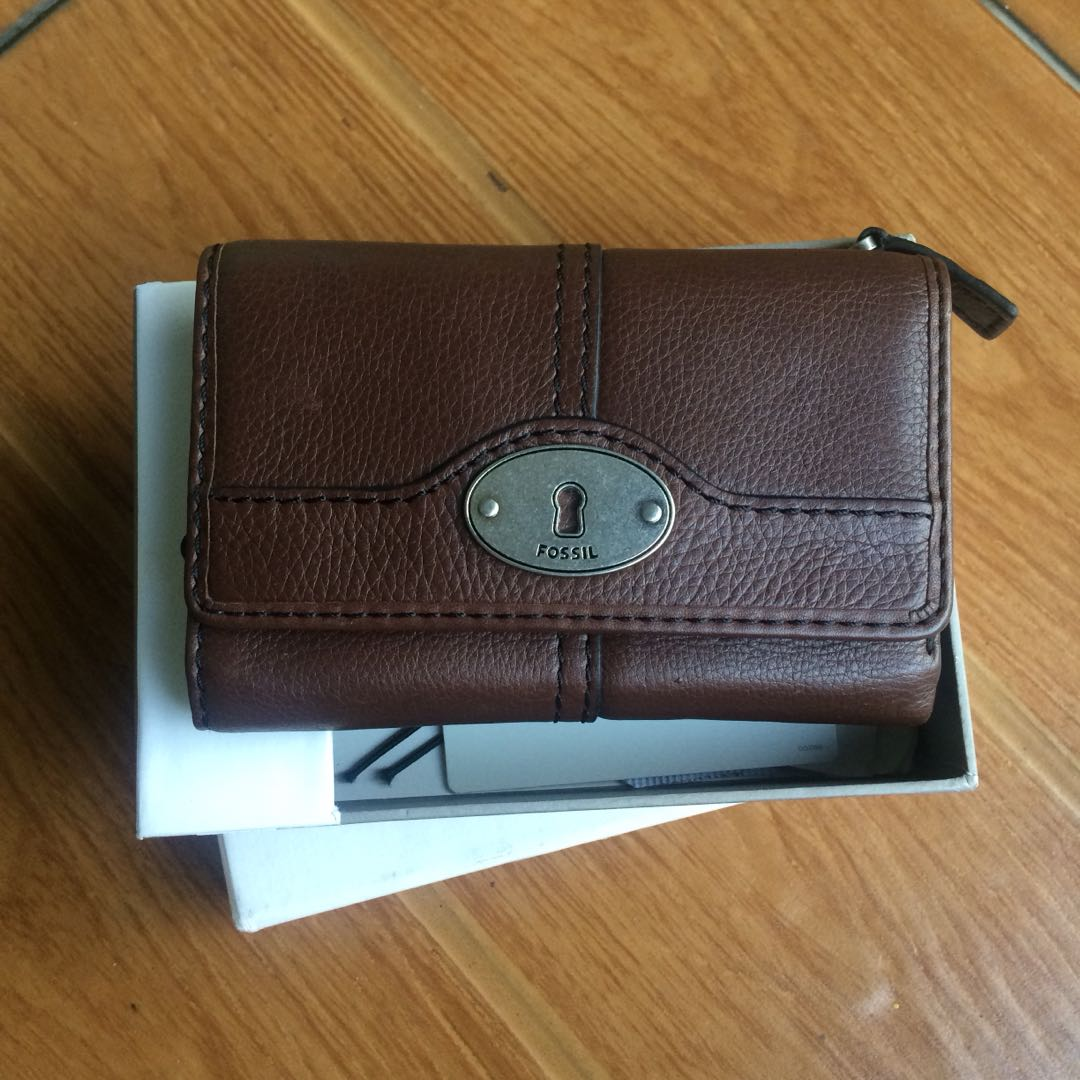 Dompet fossil bifold