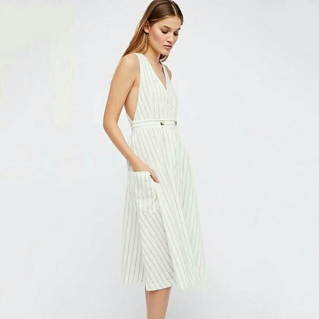 Euro Style V Neck Sleeveless Striped Dress