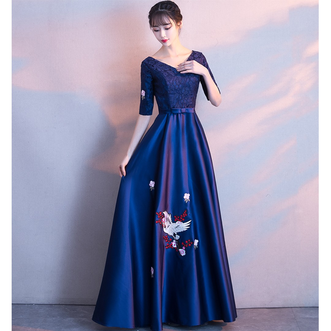 Gown Collection - Navy Blue Mid Length Sleeves Embroidered Crane Pattern Design Gown