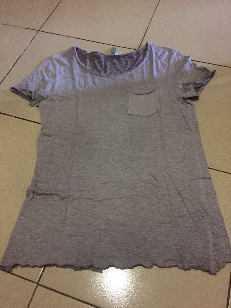 H&M D. Gray Shirt