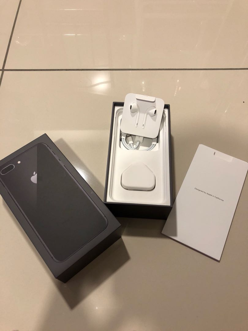 newest ecbb7 a1f72 Iphone accessories NEW!! (From Iphone 8 plus box)
