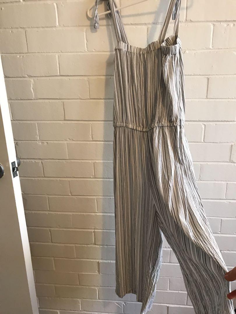 Jumpsuit striped