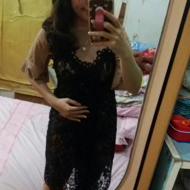 Lace dress + inner