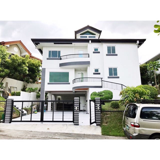 Modern Ayala Southvale House and Lot For Sale