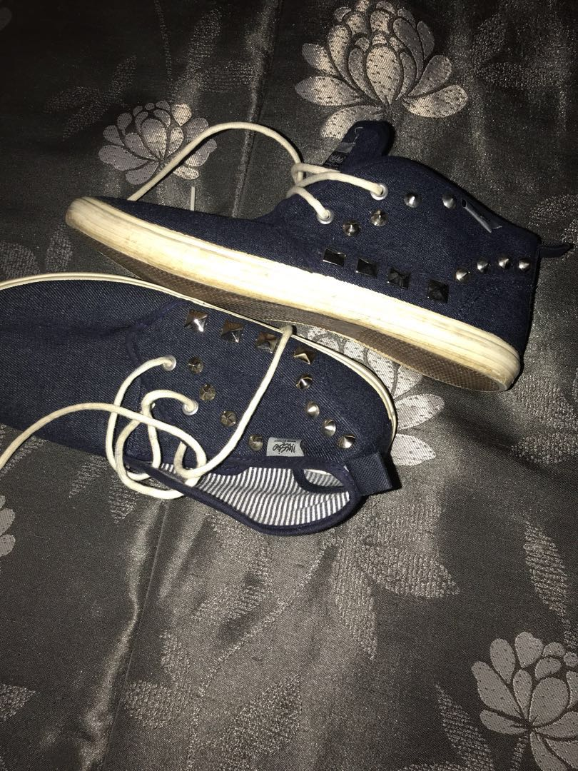 Mossimo( blue jean )canvas shoes