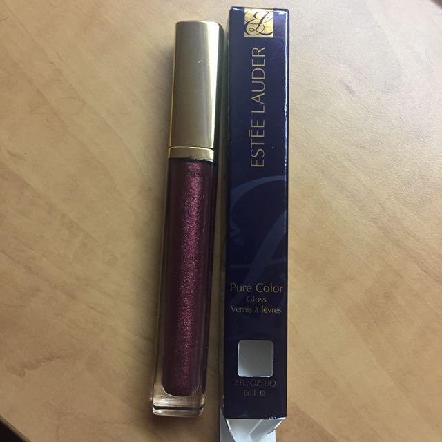 New purple Estée Lauder lip product