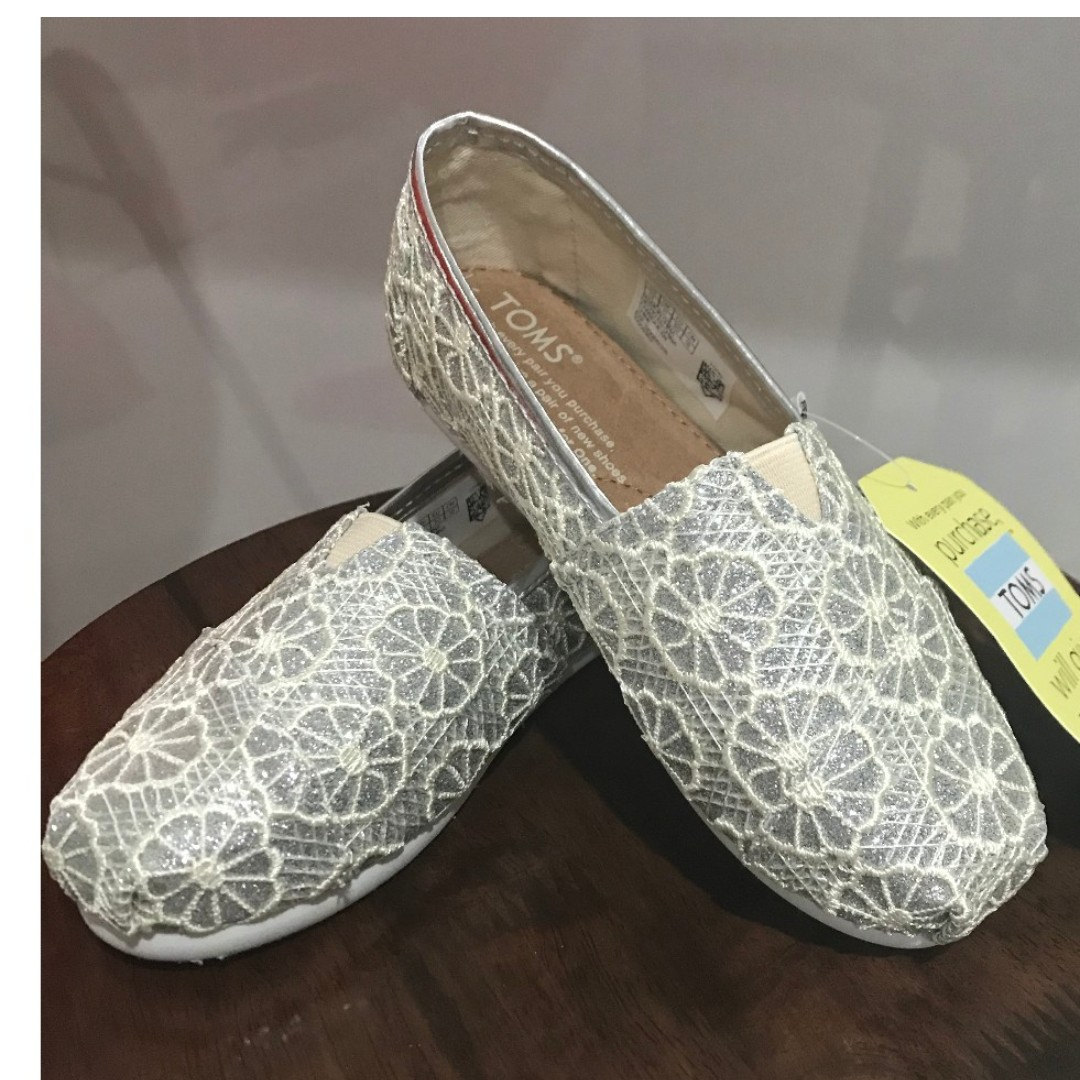 Post Cny Sale Bn With Tag Authentic Toms Shoes For Girls