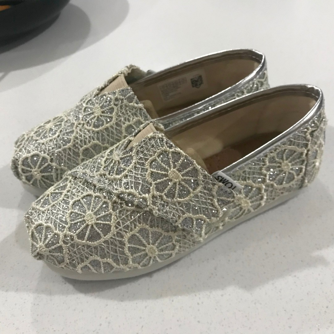 Post Cny Sale Bn Authentic Toms Shoes For Kids Silver Crochet