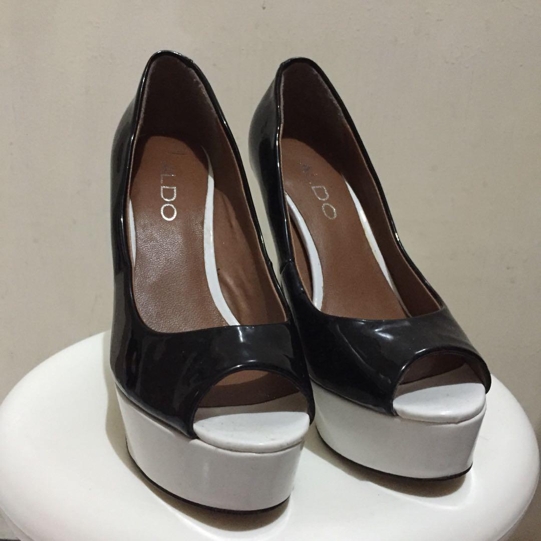 Sepatu high heels aldo