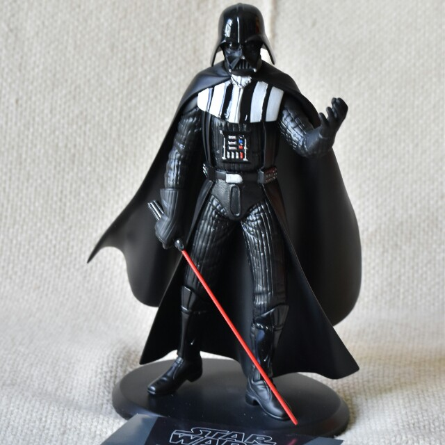 Star wars darth vader statue by Attakus