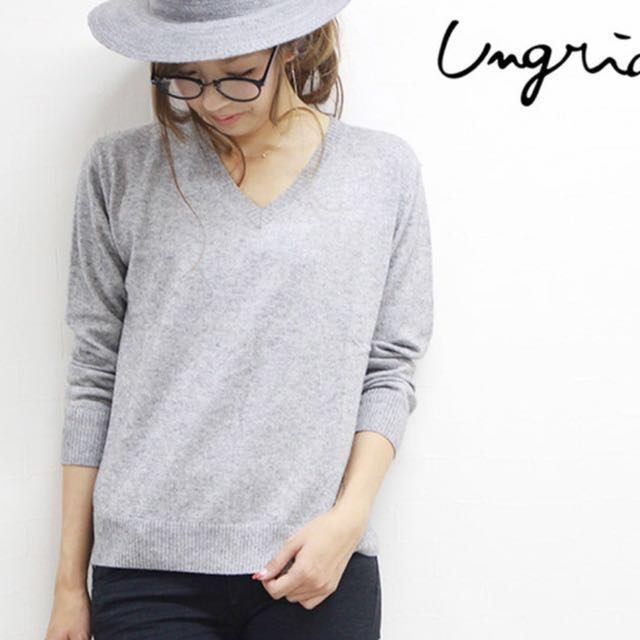[二手]Ungrid V領灰色針織衫 free size #新春八折