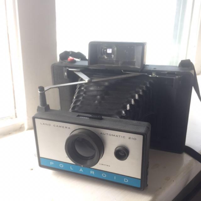 Vintage Polaroid 210