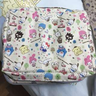 Sanrio characters travel set