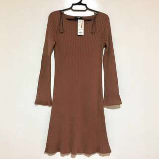 UNIQLO Women Blend Merino Wide-Sleeve dress