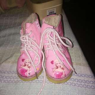 Barbie boots size 21