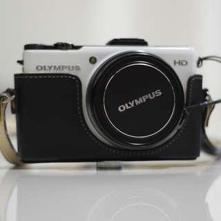 Olympus XZ-1 F/ 1.8