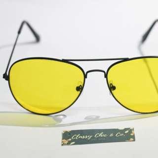 Yellow Black Aviator