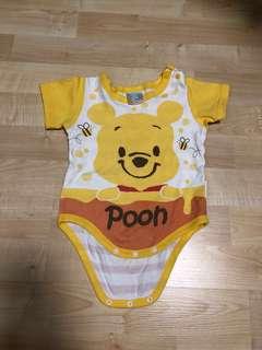 Disneyland Winnie the Pooh baby romper (3-6m)