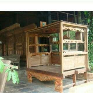 Tempat Tidur Kuno Madura