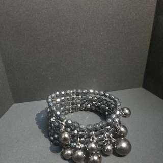 Black and Gray Bead Bracelet