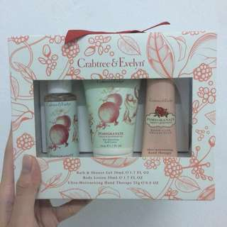 Crabtree & Evelyn Pomegranate Gift Set #15Off