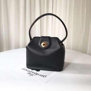 Price reduced 🔥Vintage Givenchy Handbag