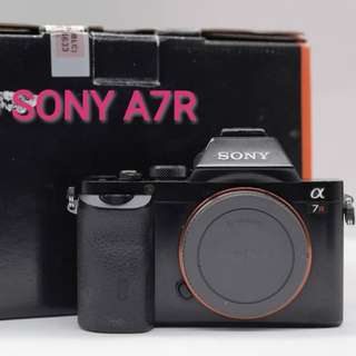 USED SONY A7R FULL FRAME MIRRORLESS CAMERA