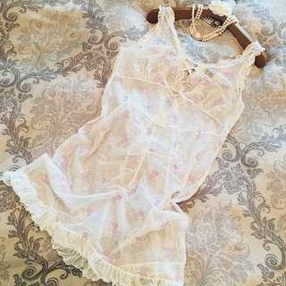 百貨專櫃品牌 Audrey奧黛莉  米白裸膚色 性感透視透膚網織紗  蕾絲紫花朵刺繡緹花  浪漫夢幻迷人款 洋裝款若隱若現迷人神秘感睡衣