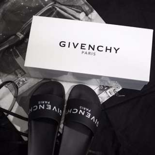 GIVENCHY PARIS SLIDES BLACK UNI SEX