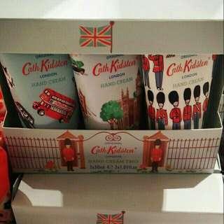 英國品牌 鄉村風Cath Kidston 英倫風 小騎士風 雙層巴士 護手霜30ml 倫敦購入
