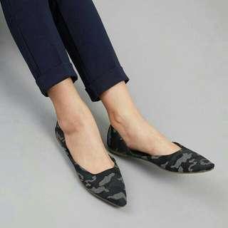 Yohana Flats Bymay BLACK