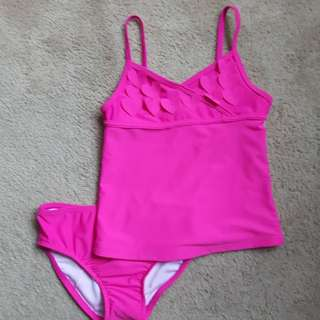 Girl's 2pc swimsuit