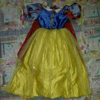 Snow white 5-7 yrs old