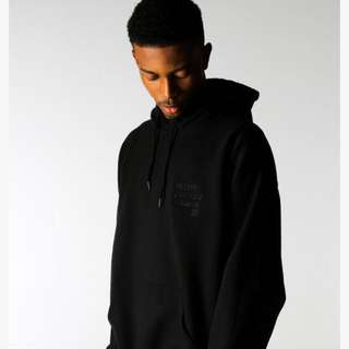 BLACKOUT PULLOVER HOODIE