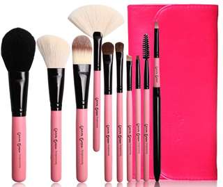Hot Pink Make up Brush Set