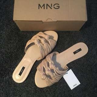 Mango Knotted Slides