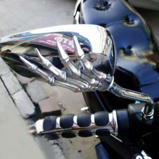 Motorcycle Chrome Skull Hands Side Rear Mirrors