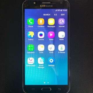 Samsung J7,black color,used,nice condition 🍄💎💎💎