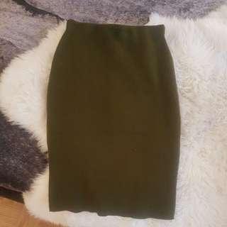 Mendocino green pencil skirt - M