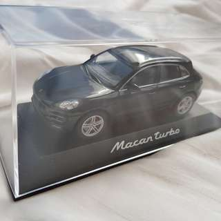 Porche Macan Turbo Limited edition collectible