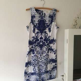 Teaberry white and blue bodycon dress