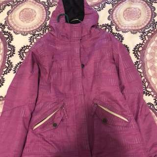 Woman's snowboarding jacket size small