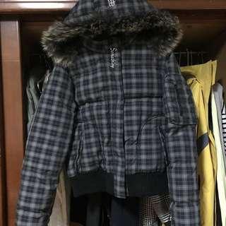 Edwin 羽絨外套